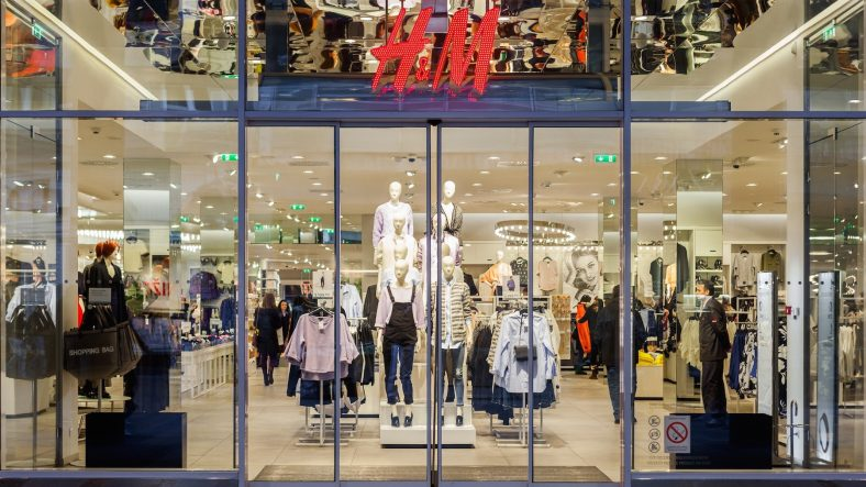 12 Need-to-Know Tricks for Saving Money at H&M