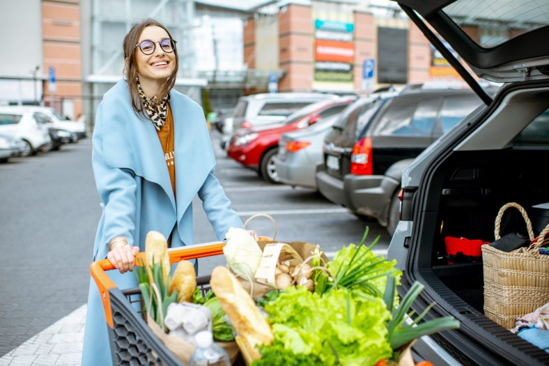 15 Grocery Stores that Offer Curbside Pickup