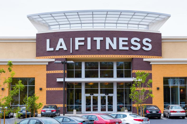 LA Fitness Membership Review – Is it Worth It?